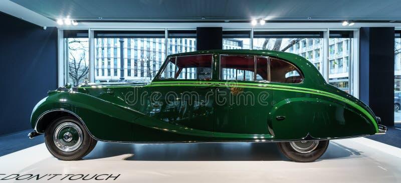 Роскошный лимузин фантома IV sedanca de ville Rolls Royce автомобиля, 1952 Coachwork Хупером Лондона стоковое фото