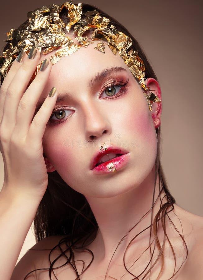 Роскошный портрет девушки моды стоковое изображение rf