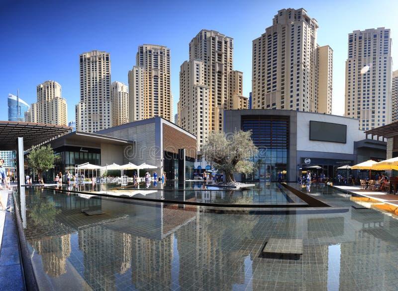 Роскошный район залива Марины в Дубай стоковые фотографии rf