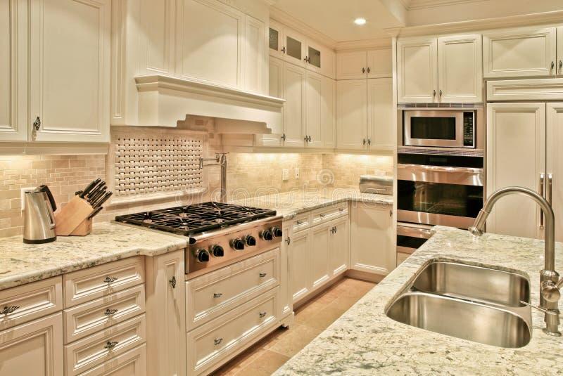 роскошь кухни стоковые фотографии rf
