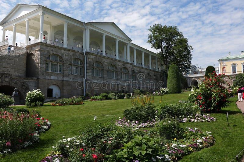 Россия, Санкт-Петербург, 18,2018 -го июнь, На галерее Камерона фото в Pushkin Tsarskoe Selo стоковые фотографии rf