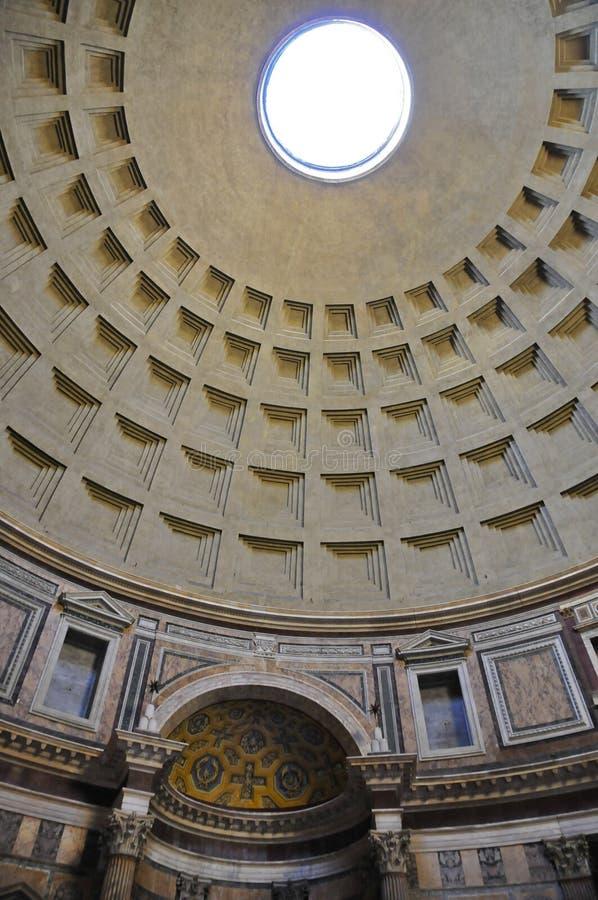 Ротонда пантеона, Рим Coffered стоковое изображение