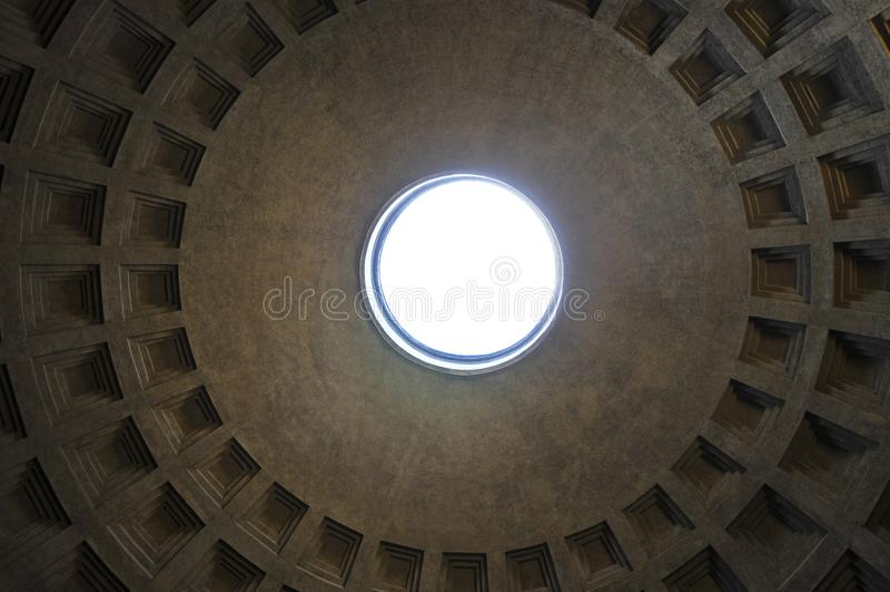 Ротонда пантеона, Рим Coffered стоковое фото rf
