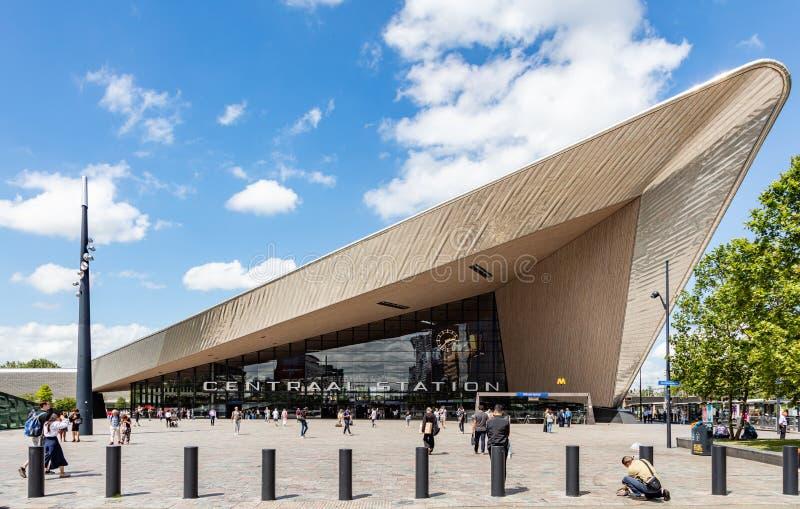 Роттердам Centraal, вход здания центрального вокзала стоковое фото rf