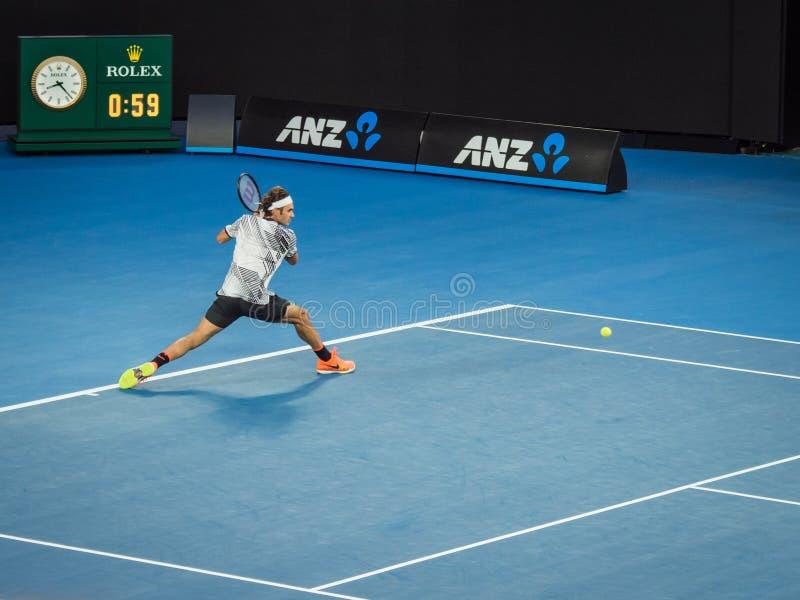Роджер Federer на теннисном турнире 2017 открытого чемпионата Австралии по теннису стоковые изображения rf