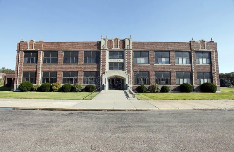 Родовое здание средней школы стоковое изображение rf