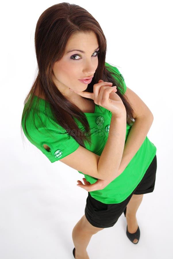 рубашка t девушки зеленая сексуальная стоковые фотографии rf