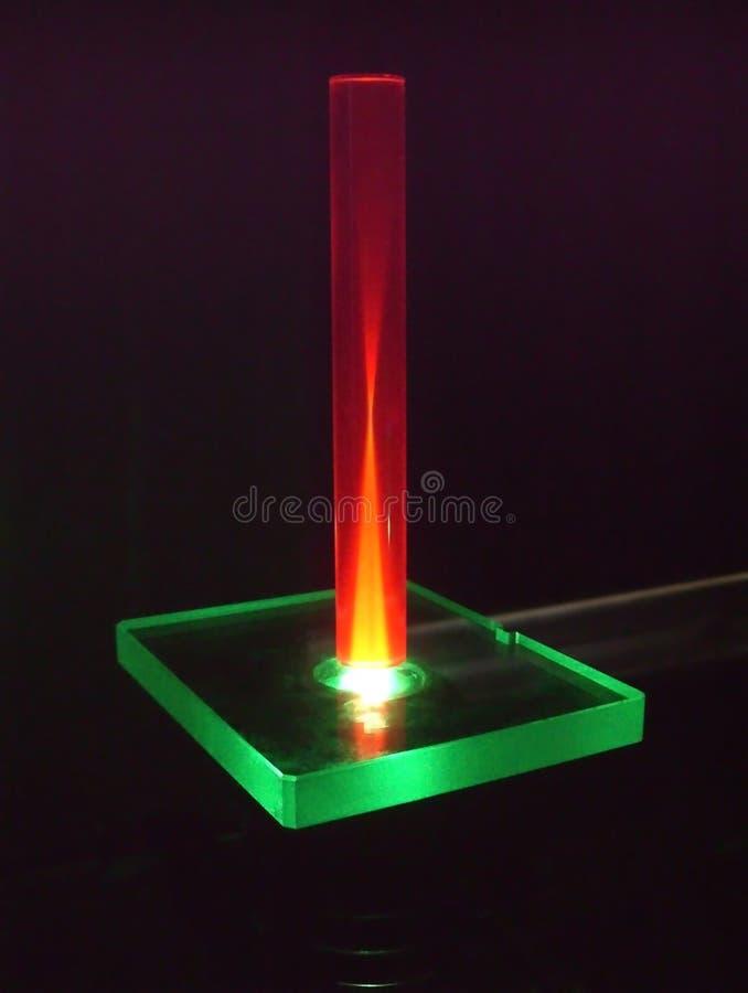 рубин штанги лазера луча вниз стоковые изображения rf