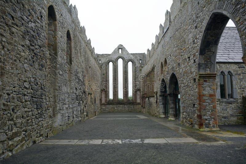 Руины аббатства, Ardfert, Ирландия стоковая фотография rf
