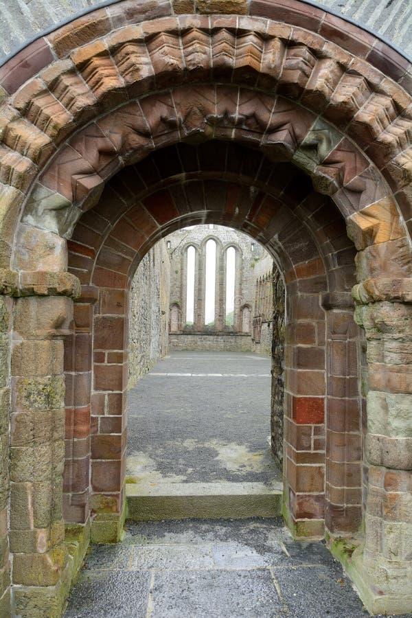 Руины аббатства, Ardfert, Ирландия стоковое изображение