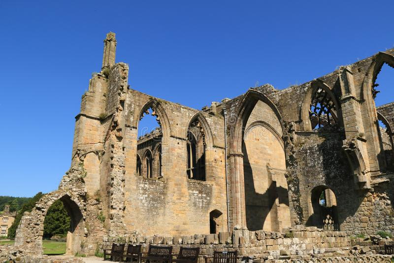 Руины аббатства Bolton стоковое изображение rf