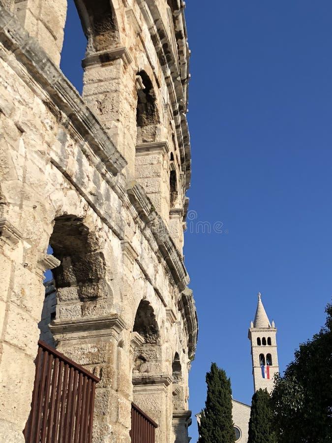 Руины амфитеатра в пулах/Хорватии стоковое фото