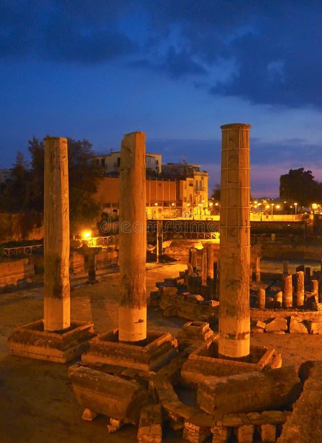 Руины виска в Pozzuoli стоковые фотографии rf