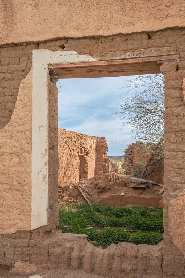 Руины в старой деревне стоковая фотография