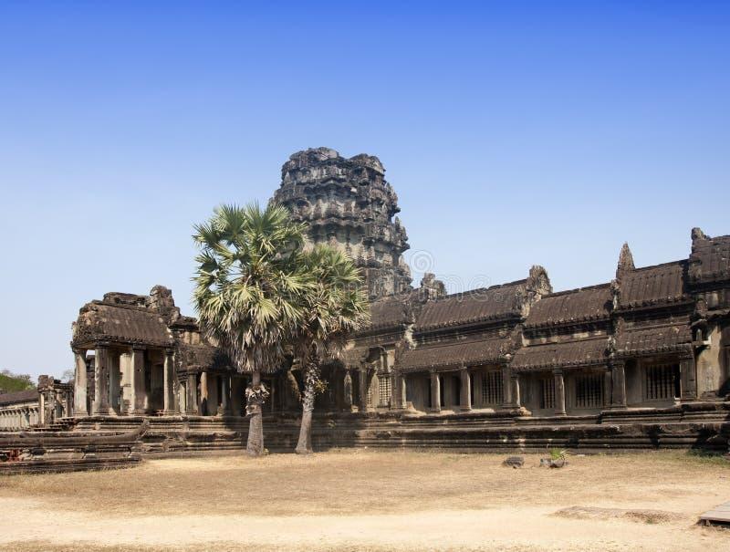 Руины в территории главным образом комплекса виска Angkor Wat, Siem Reap, Камбоджи стоковая фотография rf