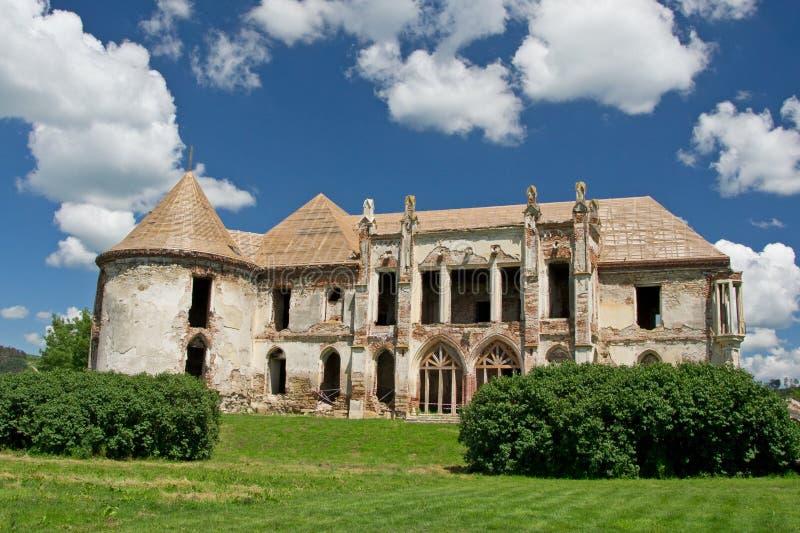 Руины замка Banffy в Bontida стоковая фотография