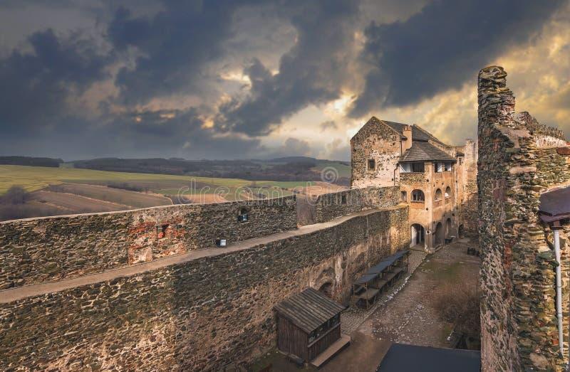 Руины замка Bolkow стоковые изображения