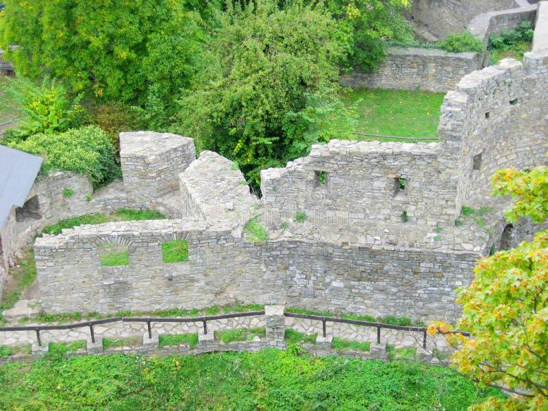 Руины замка Hukvaldy стоковые изображения