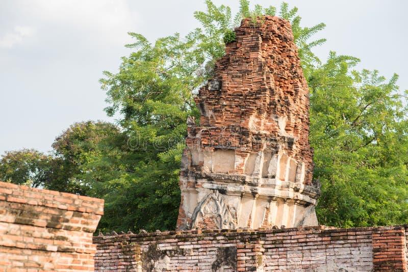 Руины кирпича Wat Phra Mahathat - Ayutthaya, Таиланда стоковое фото