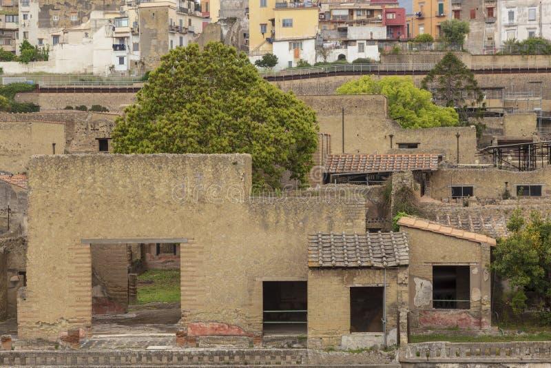 Руины на городе Геркуланума старом римском в Италии стоковые фотографии rf