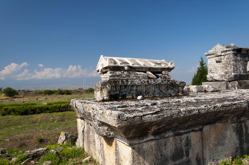 Руины некрополя Northem Hierapolis, Турции стоковая фотография