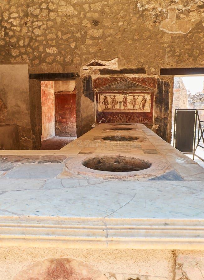 Руины Помпеи, старого римского города Pompei, кампания Италия стоковые фотографии rf