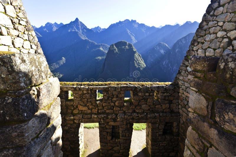 Руины потерянного города Machu Picchu Inca в Перу - Южной Америке стоковые фотографии rf