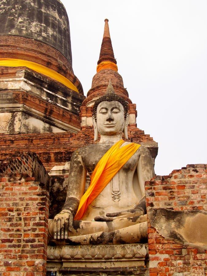 Руины древнего города Ayutthaya в Таиланде, статуе Будды стоковое изображение rf