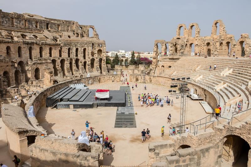 Руины самого большого амфитеатра в Северной Африке, El Jem, Тунисе стоковая фотография
