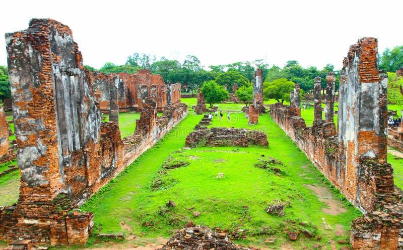 Руины старого виска кирпича стоковое фото rf