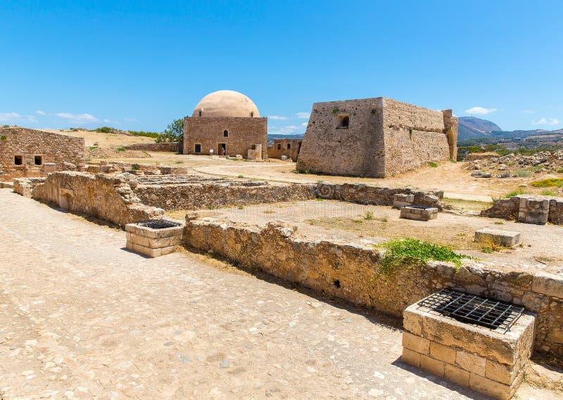 Download Руины старого городка в Rethymno, Крите, Греции. Стоковое Изображение - изображение насчитывающей строя, антиквариаты: 37925923