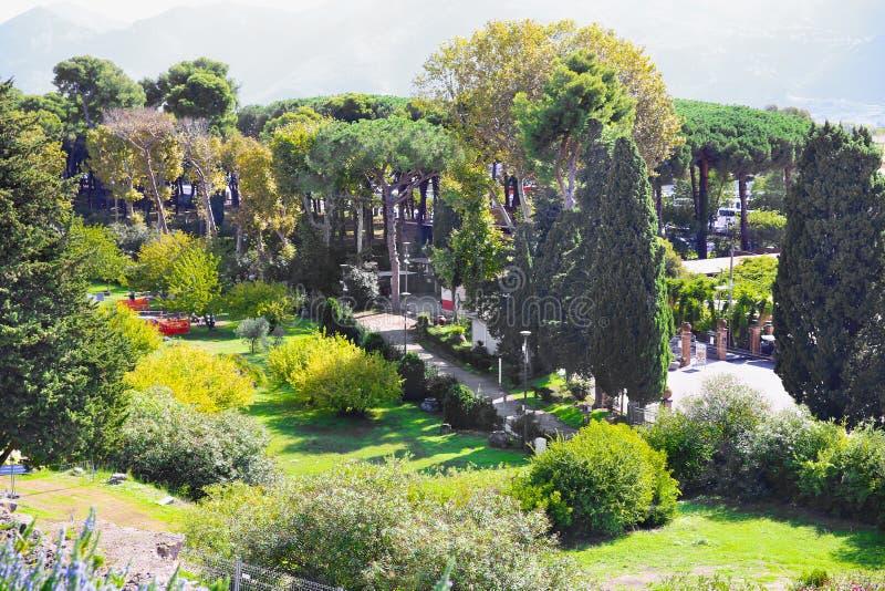 Руины старого Помпеи стоковые изображения