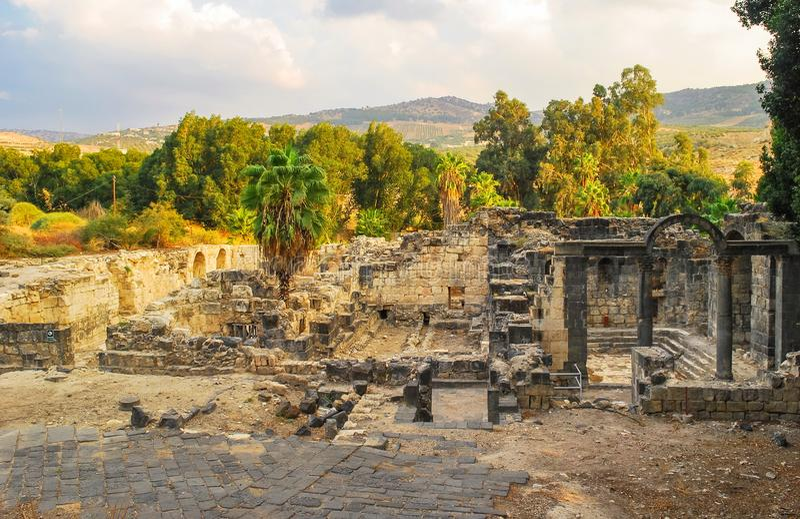 Руины старых римских бань стоковые изображения rf