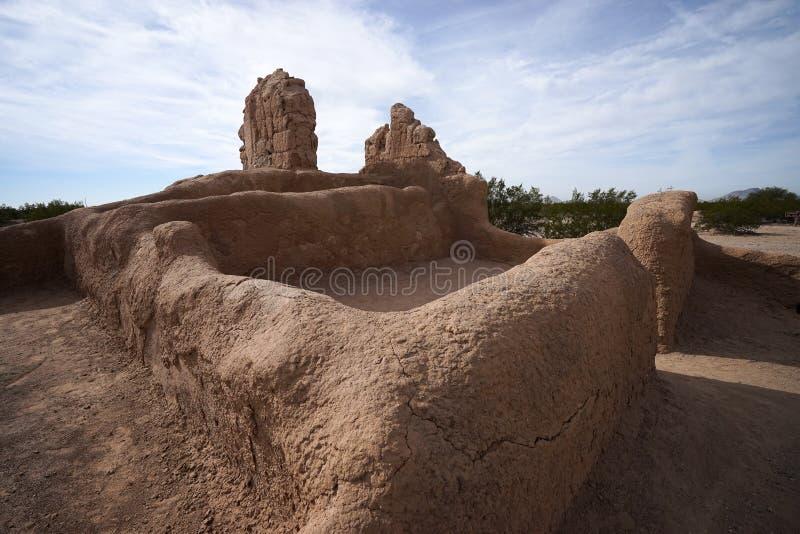 Руины стены Adobe на Касе большой Аризоне стоковые изображения rf