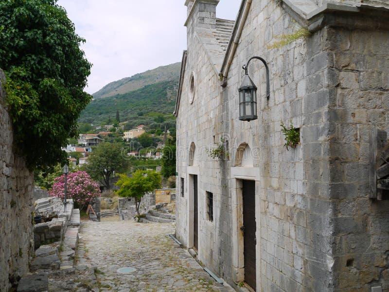 Руины улицы старого бара (бара) Stary, Черногории стоковые фотографии rf