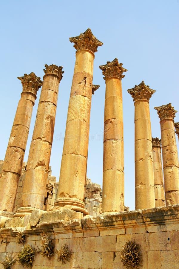 Руины храма Артемиды в Иераше, Иордания стоковые фото