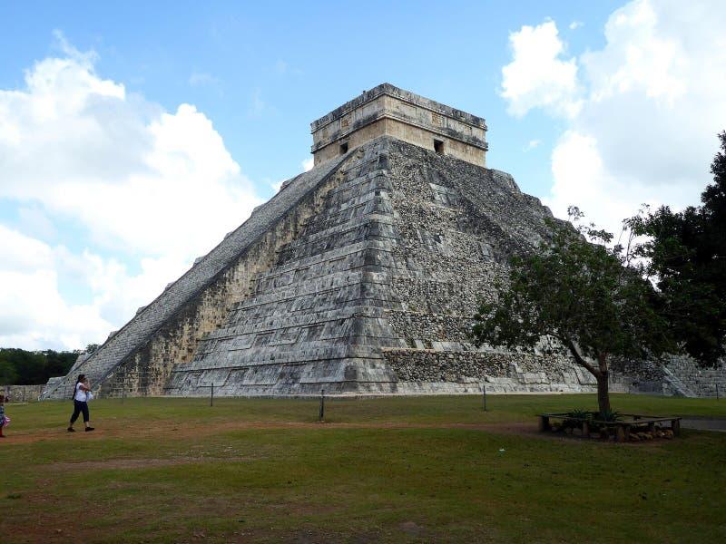 Руины Chichen Itza виска пирамиды Майя в Юкатане, Мексике стоковые фото