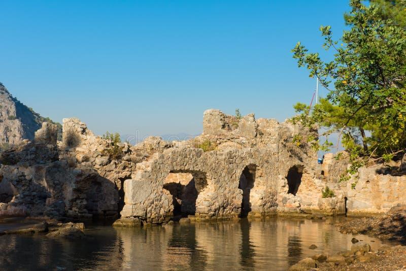 Руины Cleopatra купая, Marmaris, Турция стоковая фотография
