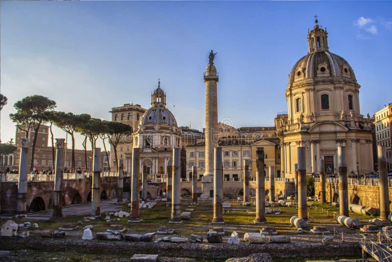 руины rome romanum форума стоковое изображение rf