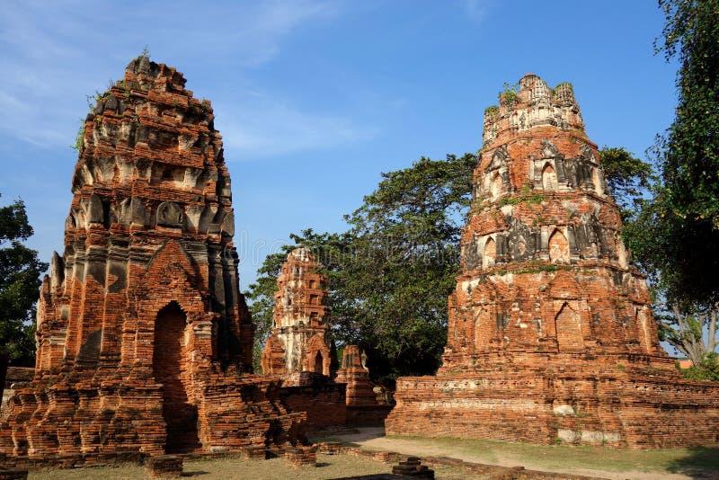 2 руин виска башни в Ayutthaya Таиланде стоковое фото rf
