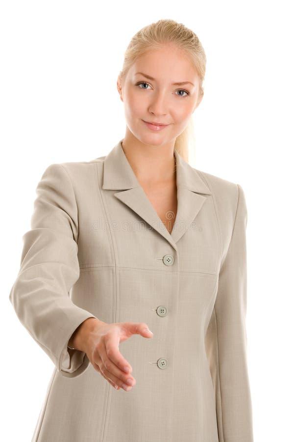 Рука женщины предлагая для рукопожатия стоковые фото