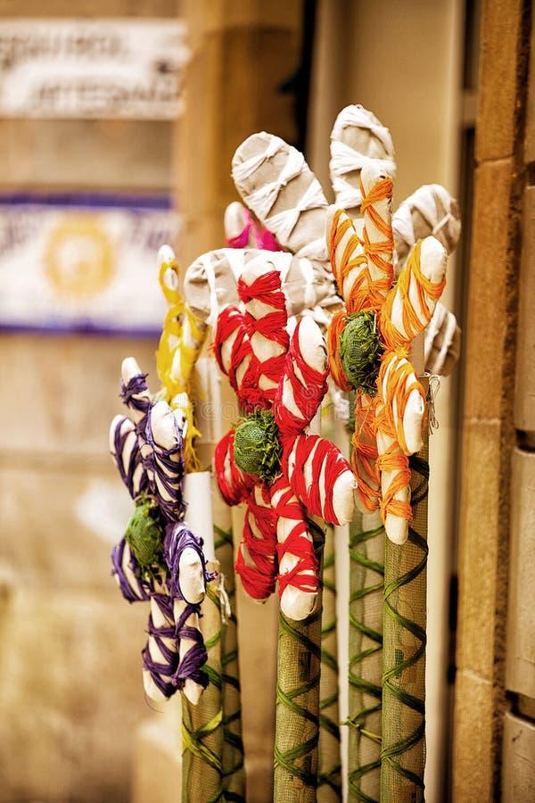 Рука произвела красочные цветки стоковое фото rf