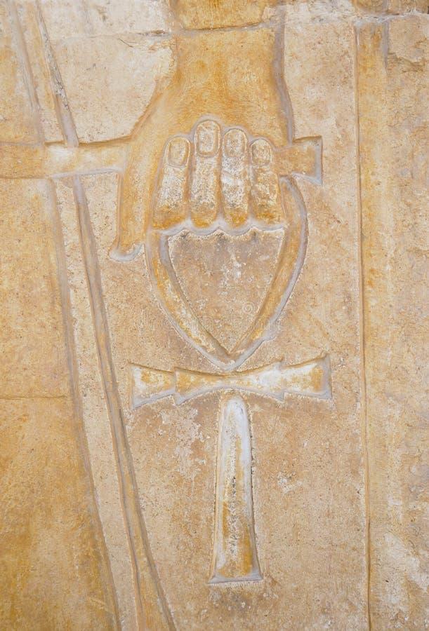 рука 2 ankh стоковое фото
