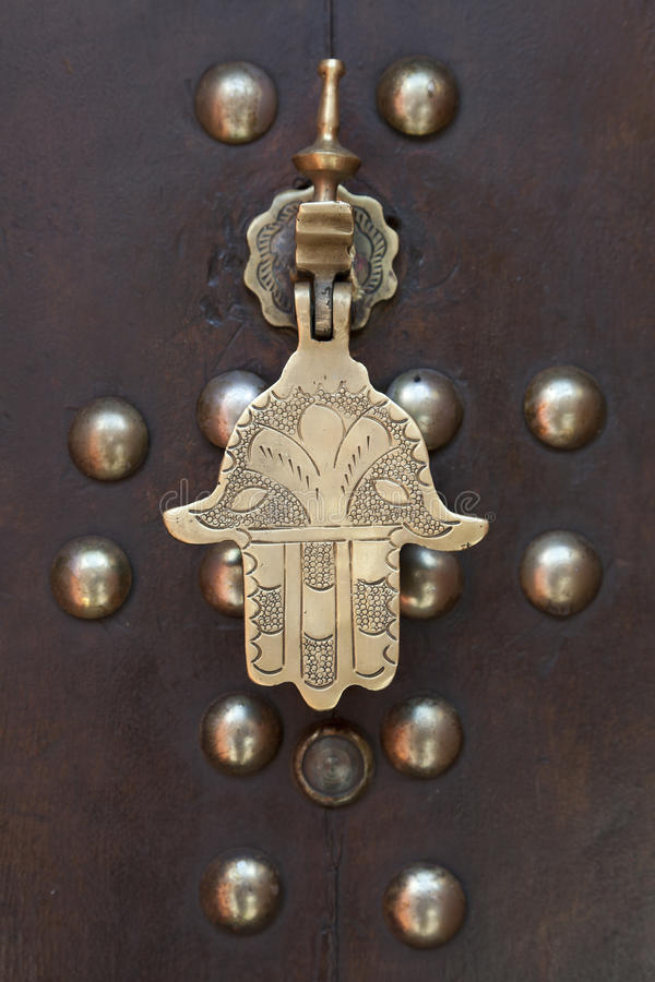 Рука doorknocker металла Faitima стоковое изображение rf