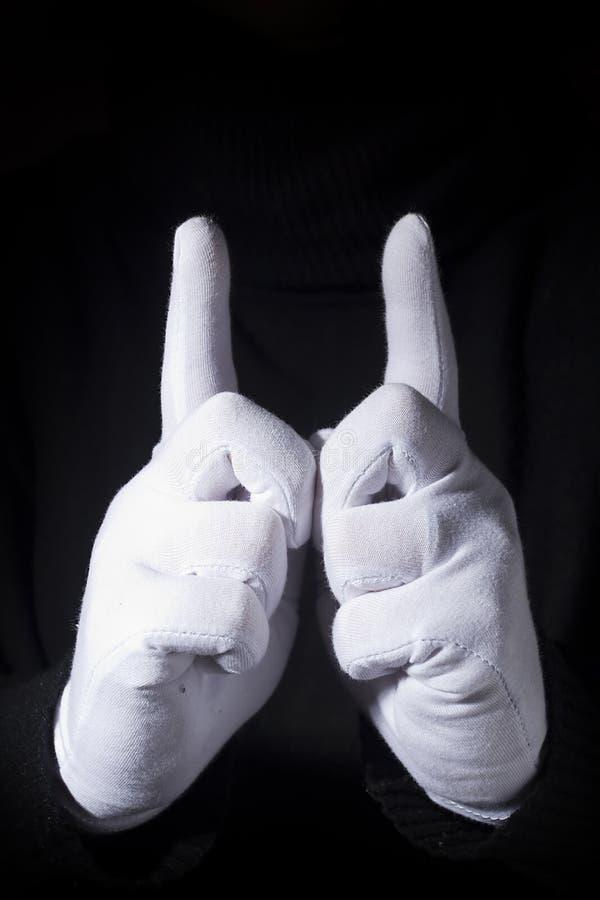 Руки с поднятыми передними пальцами стоковые изображения rf