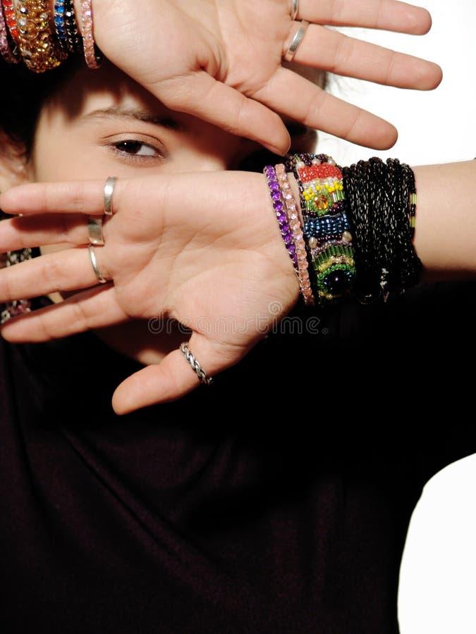 Download руки стоковое фото. изображение насчитывающей сторона, девушка - 476086