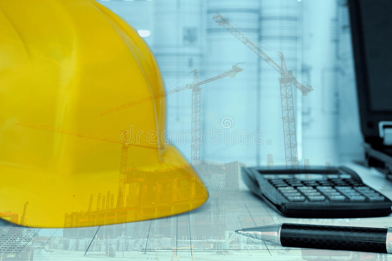 Руководство проектом - запланирование строительного проекта стоковые изображения rf
