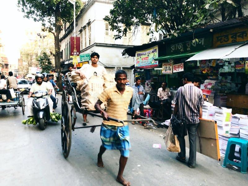 Рук-вытягиванная рикша стоковое изображение