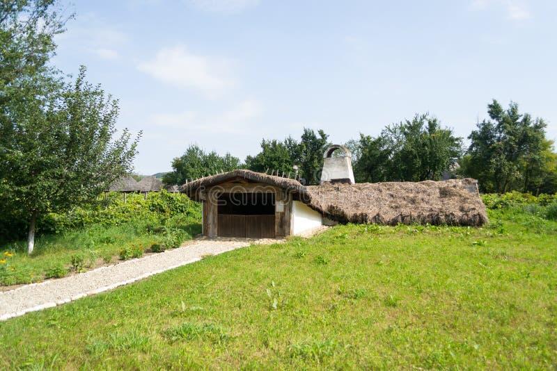 Румынский традиционный дом стоковое изображение rf
