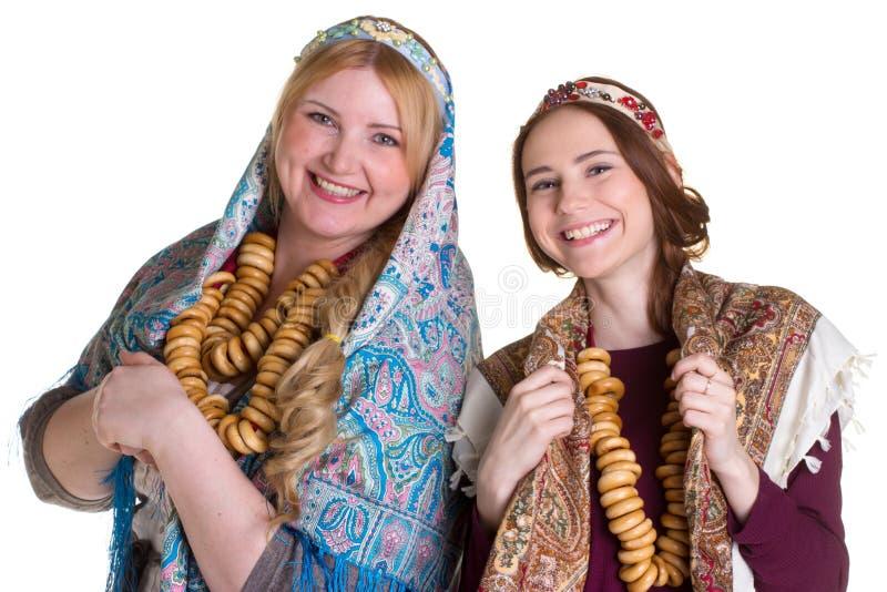 Русские женщины в национальных головных платках стоковые изображения
